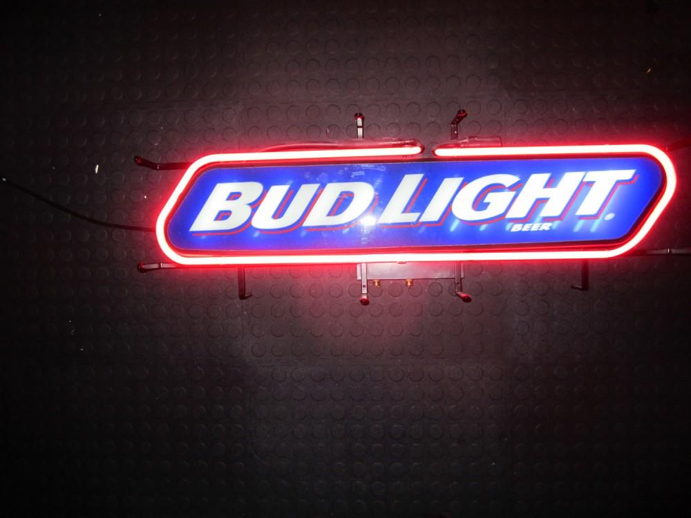 Bud Light Neon Bar Sign