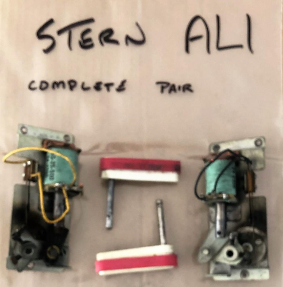 2 Classic Stern Flipper Assemblies - Used